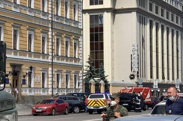 Terrorists seize business centre in Kiev