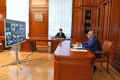 Али Асадов провел совещание в связи с коронавирусом