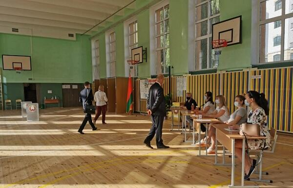Namizədlərin səviyyəsi eyni deyil – Belarus
