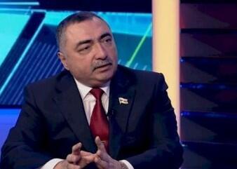 Deputatın 300 min xərclədiyi universitet necə təhsil verir?