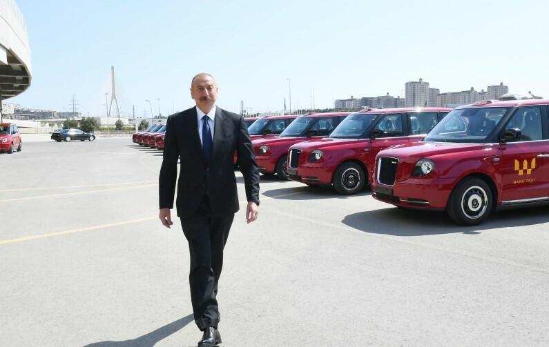 """İlham Əliyev yeni """"London taksi""""ləri ilə tanış oldu - Foto"""