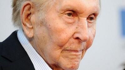 Sumner Redstone: US media mogul dies aged 97
