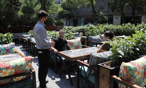 Bakıda karantini pozan restoran aşkarlandı