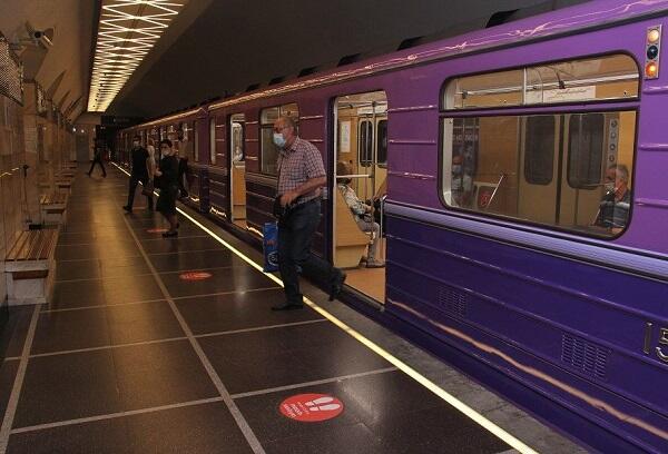 Bakı metrosunda gecikmə... - Rəsmi açıqlama