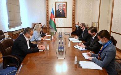 Джейхун Байрамов встретился с послом Португалии