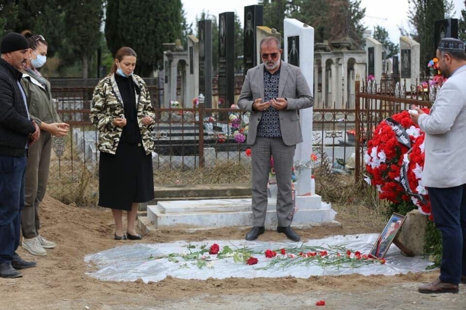 Paşayeva və Arifoğlu şəhidin məzarını ziyarət etdi - Foto