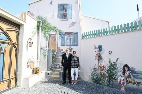 Prezident və xanımı Balaxanıda - Fotolar
