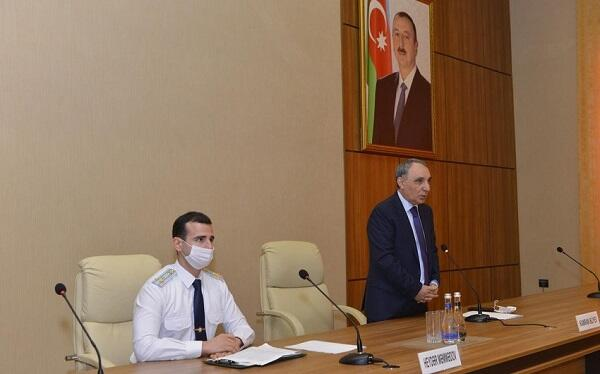 Kamran Əliyev prokurorluğun ictimai köməkçiləri ilə görüşdü
