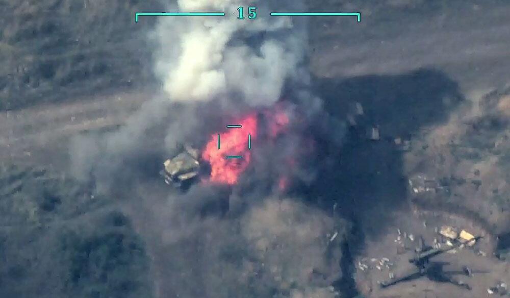 Düşmənin daha bir neçə hərbi texnikası məhv edildi - Video