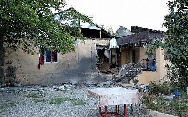 Министерство: Разрушено 11 школ, ранен учитель