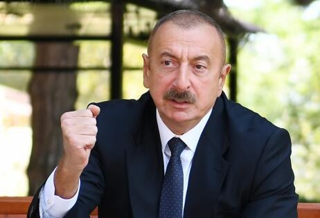 Biz erməni faşizminin belini qırmaqla... - Prezident