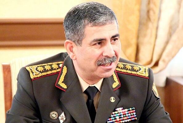 Zakir Hasanov awarded a group of servicemen