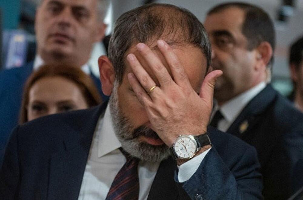 Ermənistan kapitulyasiyanın eşiyindədir...