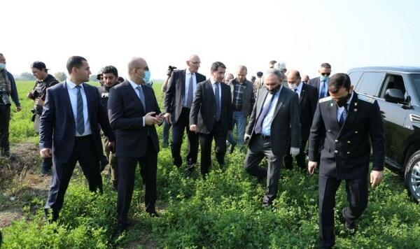 Dövlət rəsmiləri və diplomatlar Tərtərdə