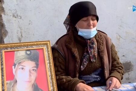 İlk qadın şəhidimizin ailəsindən - Videoreportaj