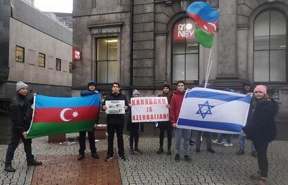 Şotlandiyada erməni terroruna qarşı etiraz - Foto