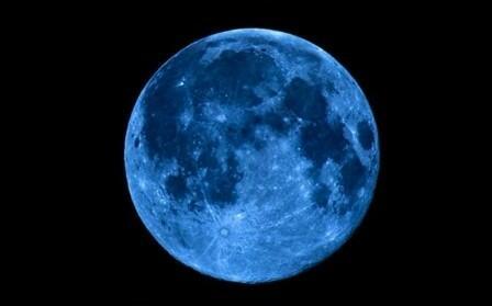 """Bu gecə """"Mavi Ay"""" müşahidə ediləcək"""