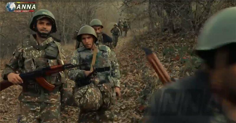 Erməni hərbçilər Rusiya ordusuna meydan oxudu - Video
