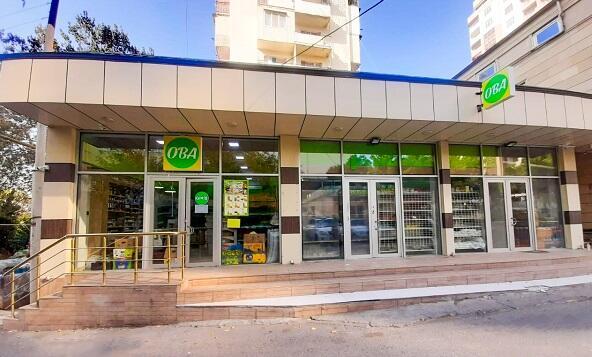 OBA marketin müdirinin pul kisəsi oğurlandı