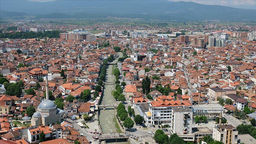 Kosova ilə Serbiya arasında gərginlik son həddə