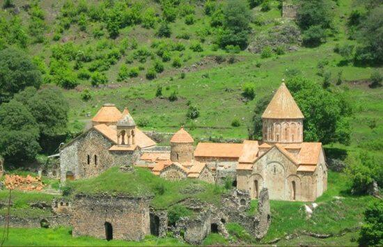 Dispute with Armenian priests in Kalbajar -