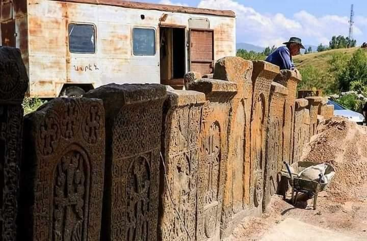 Erməni vandalizminin izləri - Video