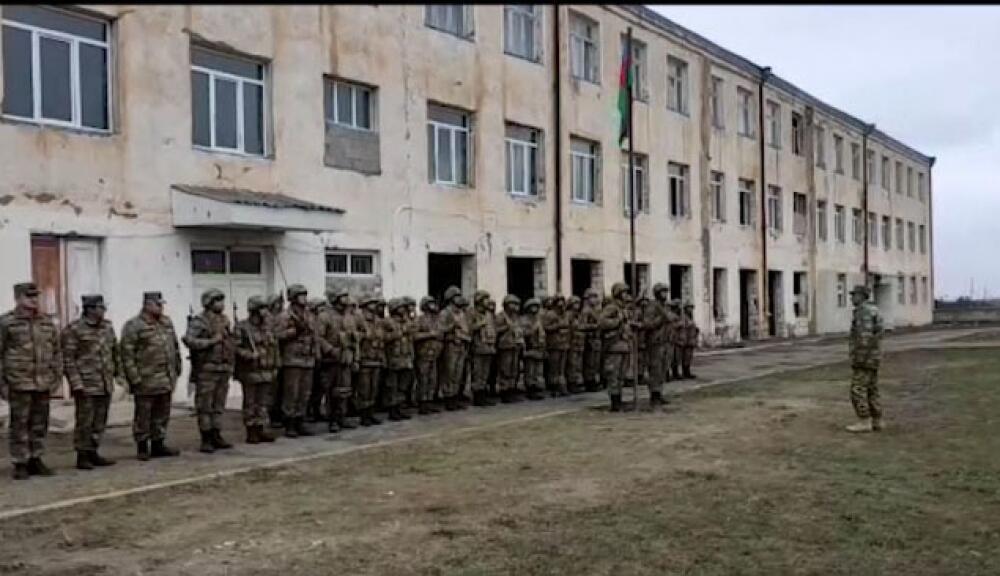 В Гюлаблы поднят флаг Азербайджана - Фото