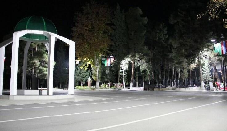 Şəhid generalın uyuduğu xiyaban işıqlandırıldı - Video