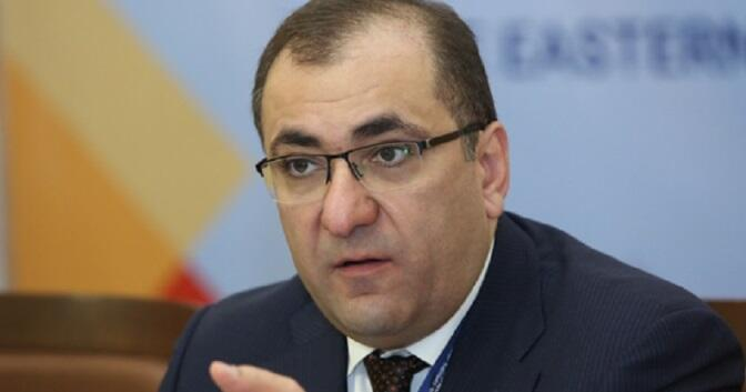 Сагателян: Пашинян повел войско на смерть