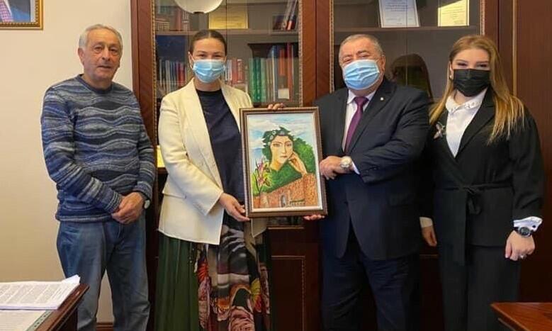Paşayeva şuşalı mədəniyyət işçiləri ilə görüşdü – Foto
