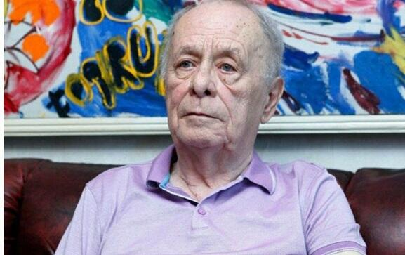 Xalq artisti 80 illik yubileyini reanimasiyada qarşıladı