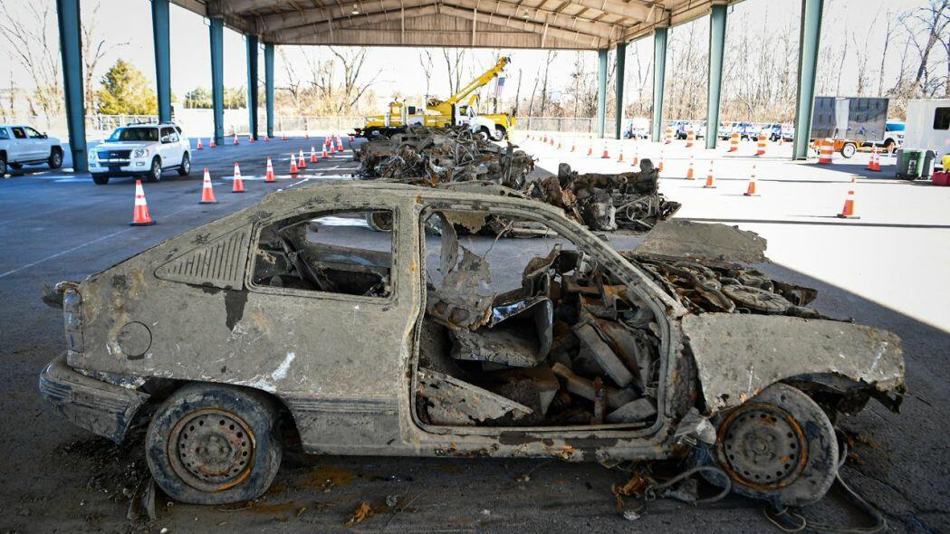 Göldən düz 40 avtomobil çıxarıldı - Foto