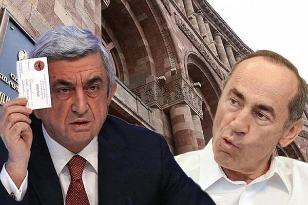Köçəryanla Sərkisyan bir-biri ilə savaşır