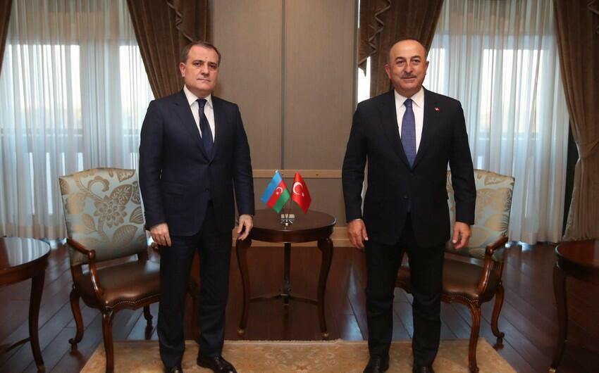 Ceyhun Bayramov Mövlud Çavuşoğlu ilə görüşdü
