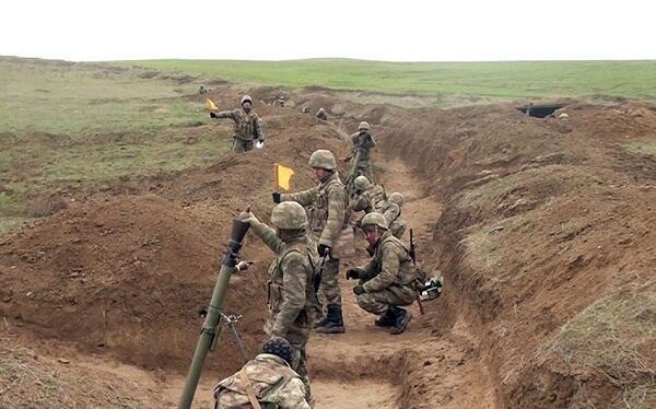 Ordumuz minaatanları meydana çıxardı - Video