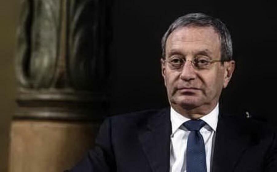 Bu ölkədə şok hadisə: Məşhur siyasətçi intihar etdi