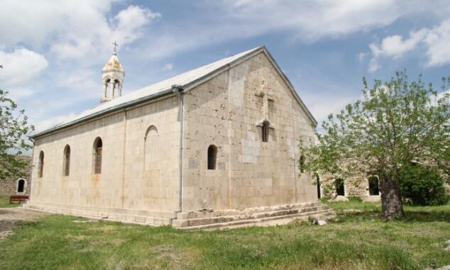 30-a yaxın erməni Amaras monastırını ziyarət etdi