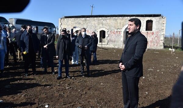 Diplomatlar Füzuli rayonunun Merdinli kəndində - Foto