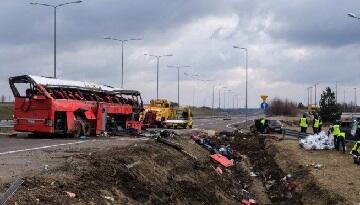 Polşada ağır qəza: 5 ölü, 40 yaralı