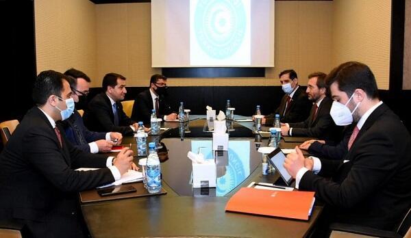 Hajiyev met with Fakhraddin Altun -