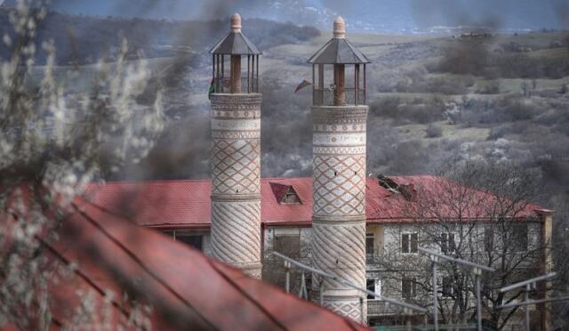 Yuxarı Gövhərağa məscidi təmir olundu