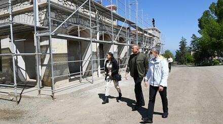 Ilham Aliyev at the Yukhari Govharagha Mosque