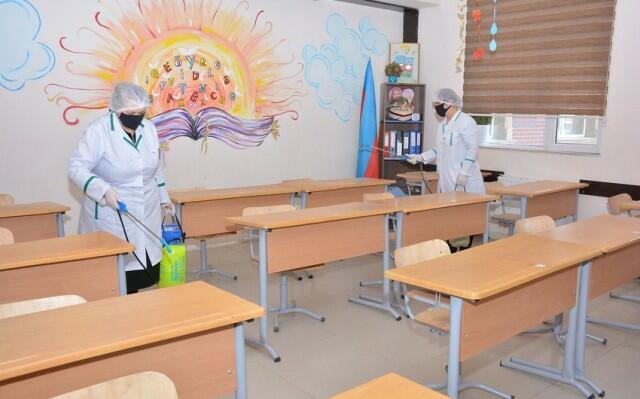 В Баку продезинфицированы все школы