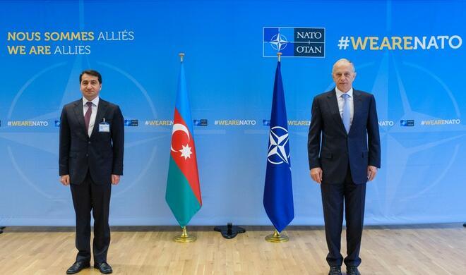 Гаджиев встретился с заместителем генсека НАТО