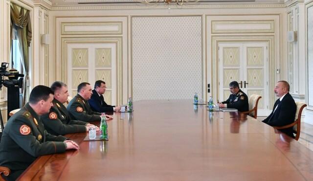 İlham Əliyev Belarusun müdafiə nazirini qəbul etdi