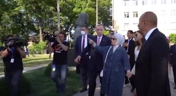 Prezidentlər Bülbül və Üzeyirin heykəllərini ziyarət etdi - Video