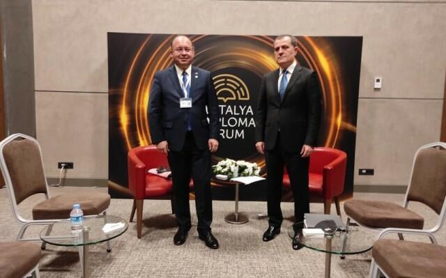 Bayramov met with Bogdan Aurescu