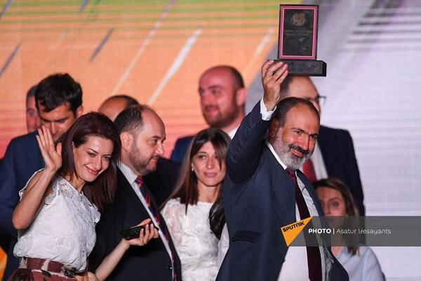 """Pashinyan was presented with a """"steel mandate"""" -"""