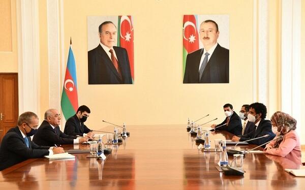 Azerbaijan, UAE discuss prospects for expanding trade