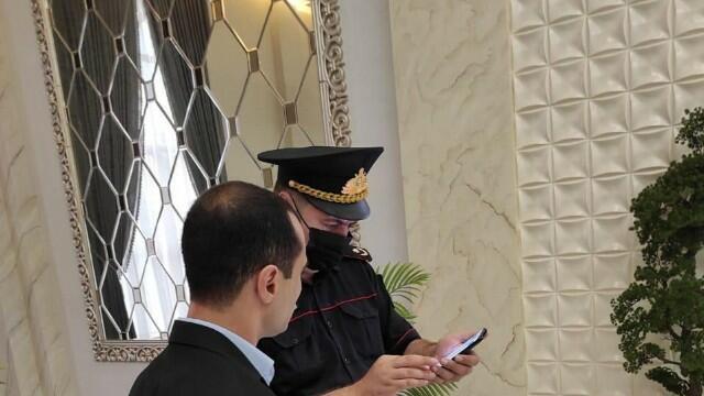 COVİD-19 pasportu olmayanlar toya buraxılmadı